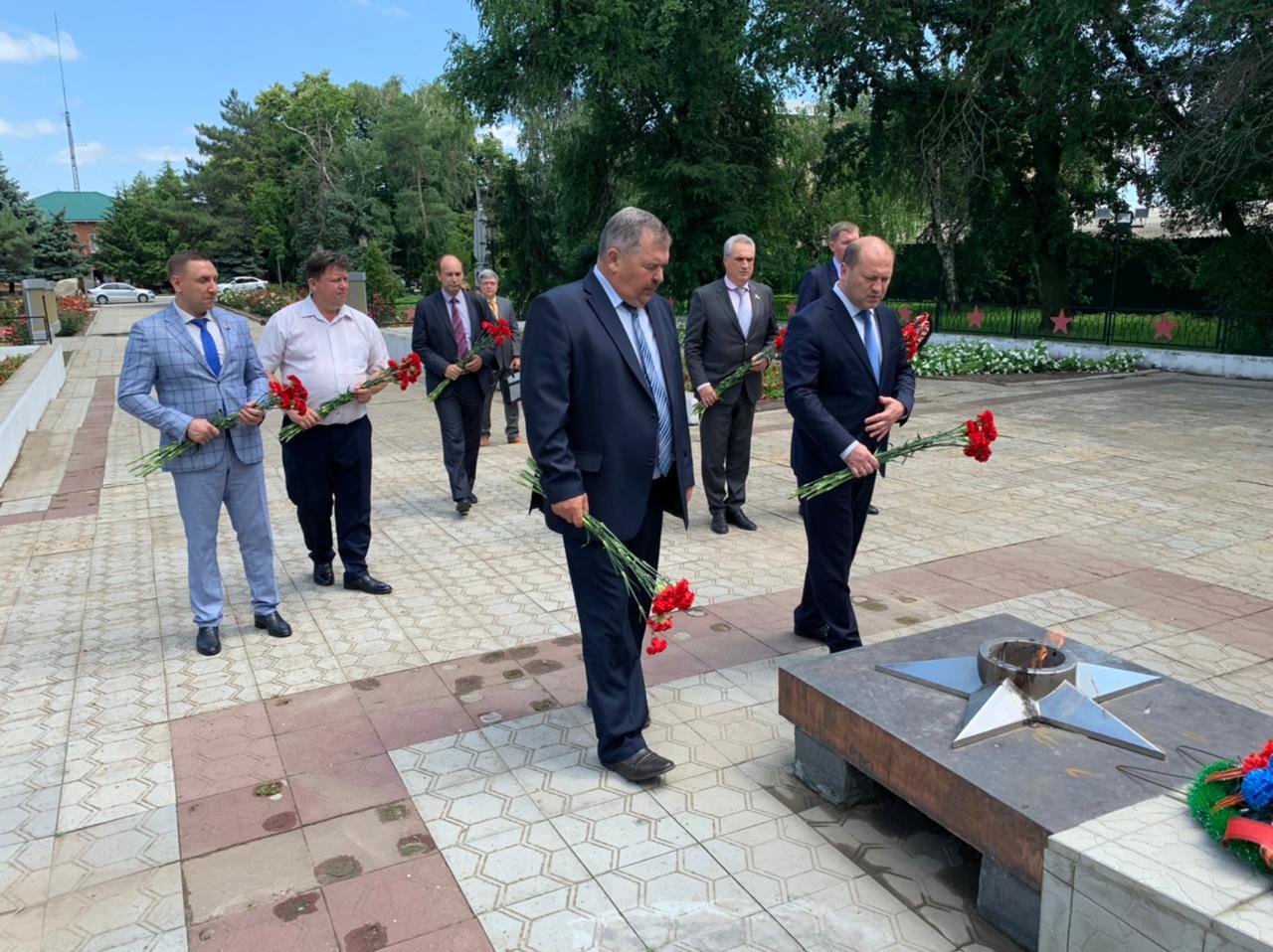 С рабочим визитом Группа Губернаторского контроля посетила Мартыновский район
